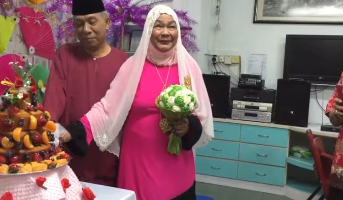 Elderly couple fall in love